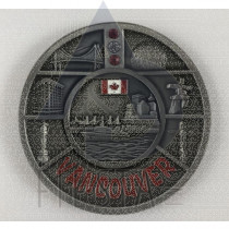 VANCOUVER METAL ROUND PLATE WITH LANDMARKS WITH DIAMONDS IN ACRYLIC BOX